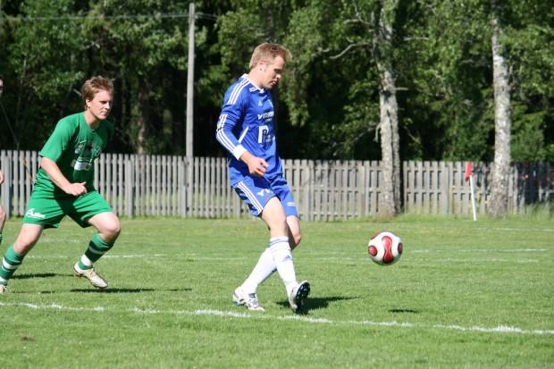 Andreas Magnusson gjorde 2-0 till Älgå en bit in i den andra halvleken.